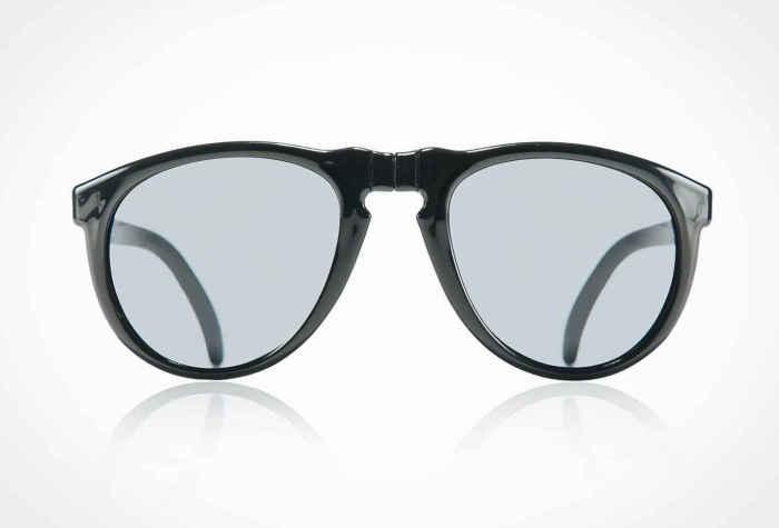 Солнцезащитные очки Sunpocket II, стоимость которых - 75 долларов.