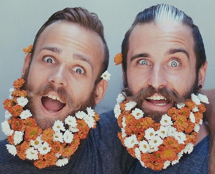 Цветочная борода из разноцветных маргариток.