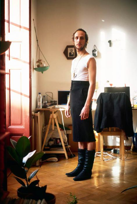 Переодела парня в женскую одежду фото 510-647