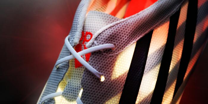 Вес кроссовок Аdidas adizero 99g - всего 99 граммов.