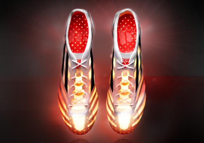 Прежде чем поступить в продажу, кроссовки Аdidas adizero 99g подверглись серьезным испытаниям.