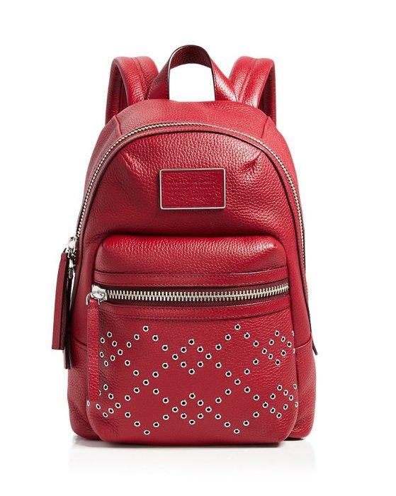 Ярко-красный кожаный рюкзак для Овнов от известного американского дизайнера Марка Джейкобса (Marc Jacobs), стоимость - 548 долларов.