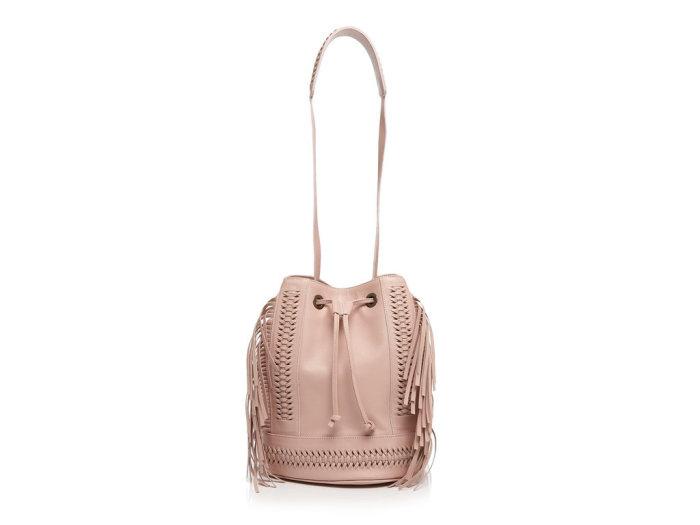 Грязно-розовая сумка-мешок для Тельцов от модного бренда «Grace Atelier De Luxe», стоимость - 995 долларов.