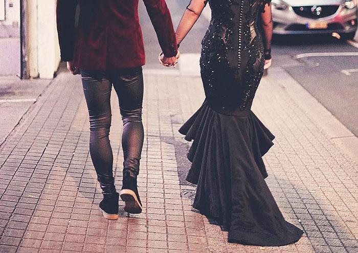 Удивительное свадебное платье черного цвета, которое было создано для церемонии бракосочетания в Австралии.