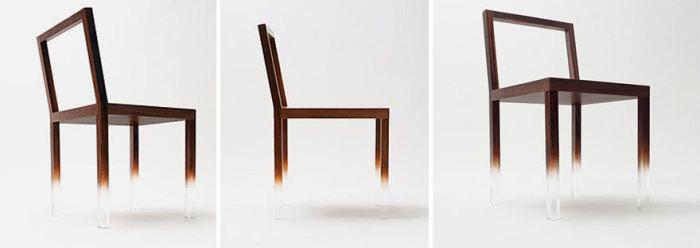 Кажется, что стул висит в воздухе