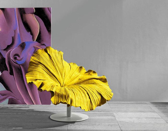 Кресло в виде цветка
