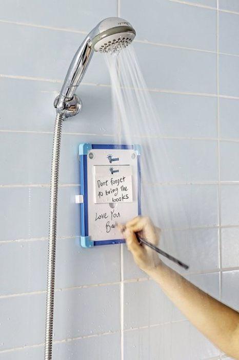 Доска для записей в душе - вещь, которая будет полезной для каждой ванной комнаты.