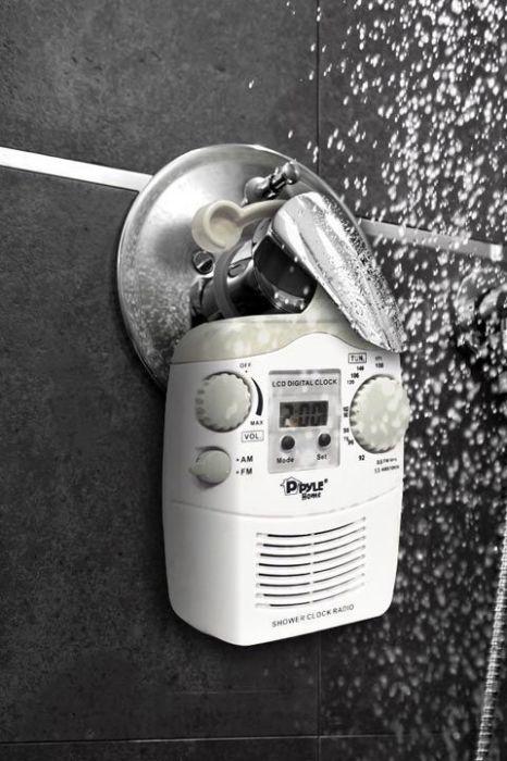 Водонепроницаемая радиосистема для ванной комнаты.