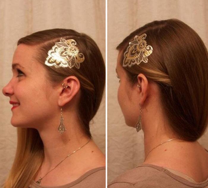 Новая модная тенденция - временные татуировки золотистых и серебристых цветов на волосах.