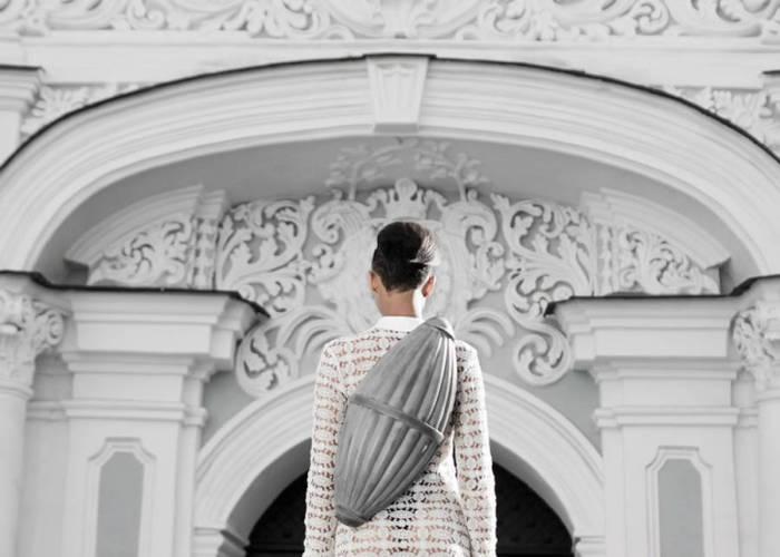 Кожаные аксессуары с элементами стиля барокко от модного дизайнера из Киева.