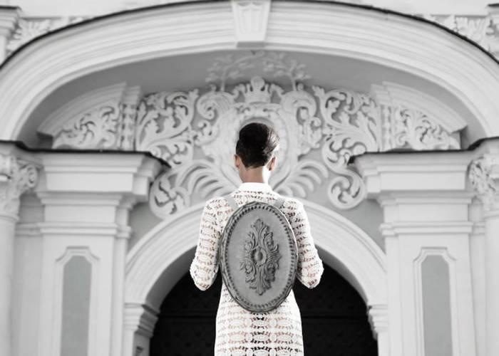 Впечатляющие аксессуары в стиле барокко от самобытного дизайнера из Украины.
