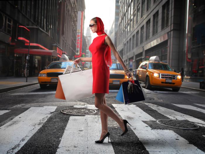 Женщина должна выбрать подходящий для себя стиль, и просто следовать ему.