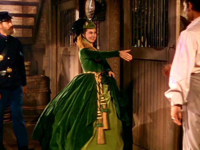 Обворожительная Вивьен Ли в роли Скарлетт О'Хара из фильма Унесенные ветром (1939 год).