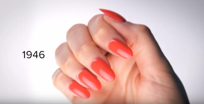 В сороковые годы прошлого столетия модно было иметь длинные ногти красного цвета.
