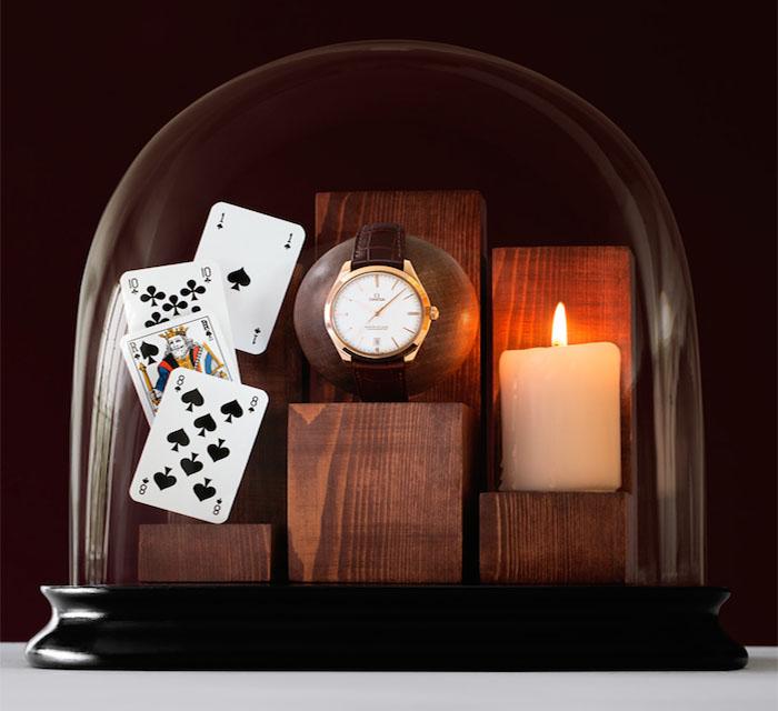 Каждая модель часов  преподнесена как предмет из Волшебной страны
