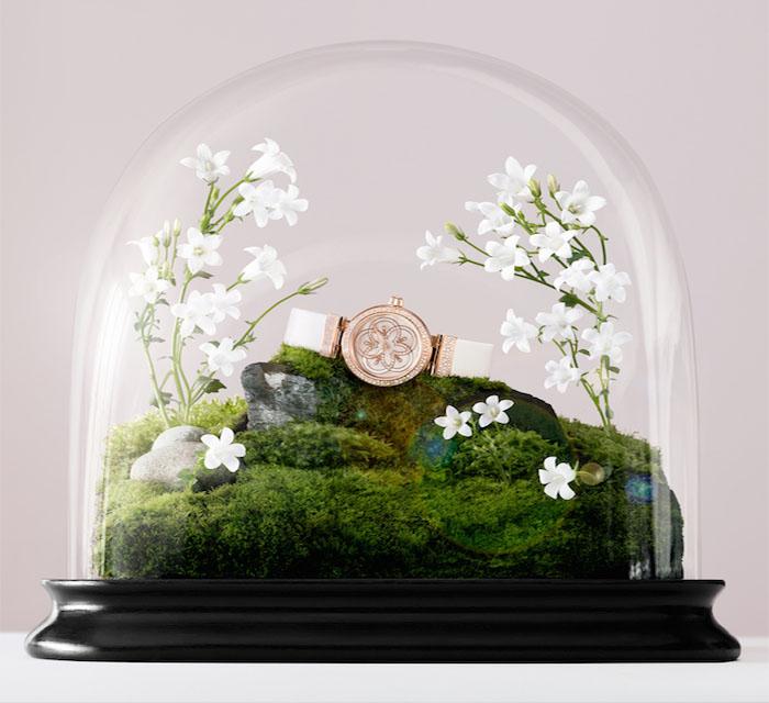 Известный часовой бренд удивил рекламой с оригинальными фотографиями своих изделий