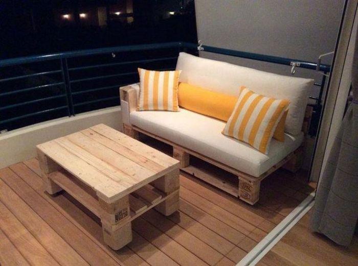 Балконная мебель из паллет.