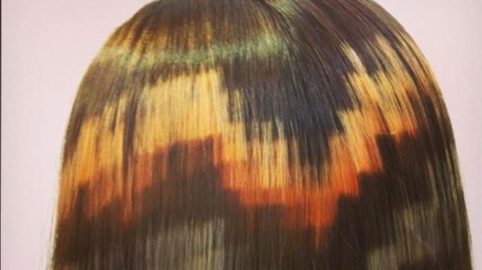 Цветные пискели на волосах