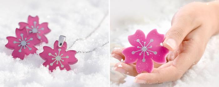 Уникальные интерактивные аксессуары, которые меняют свой цвет от полупрозрачного до насыщенного розового.