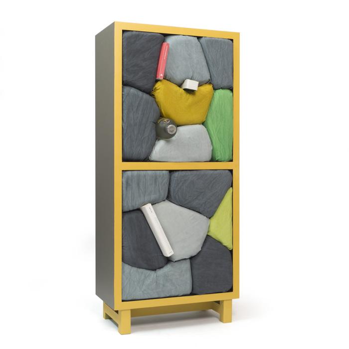 Мебель для тех, кто любит запихивать, а не складывать вещи.