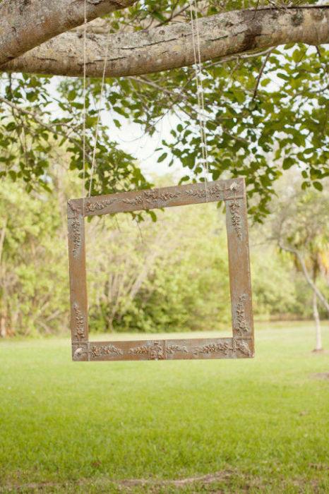 Фотозона - специально обустроенное место, где можно сделать селфи и провести фотосессию на природе.