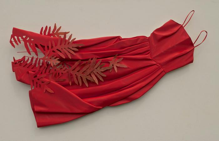 Восхитительные платья, созданные из необычного материала-финской березы.