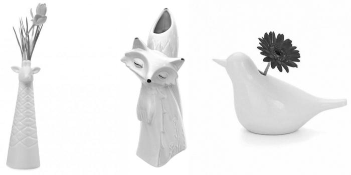 Белые вазочки в форме жирафа, лисицы и голубя.