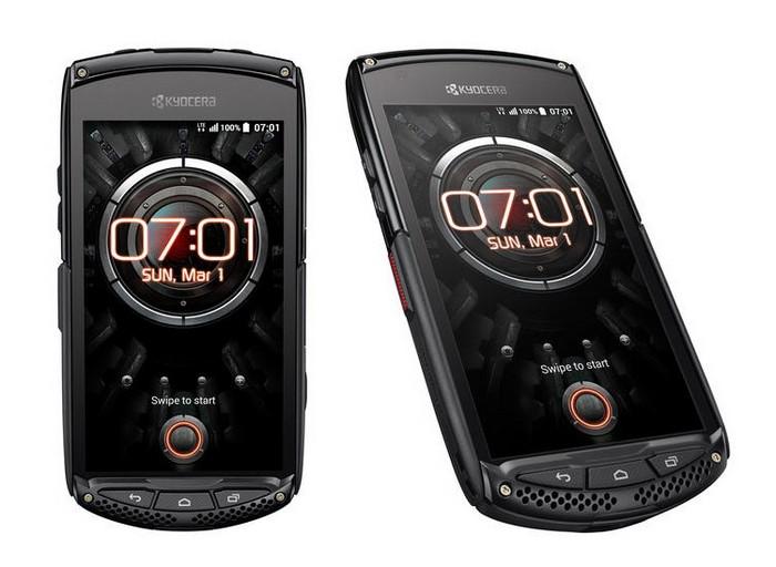 Kyocera Torque - экстремальный телефон без динамика