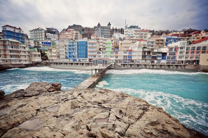 Курортный поселок Санта-Барбара в Крыму