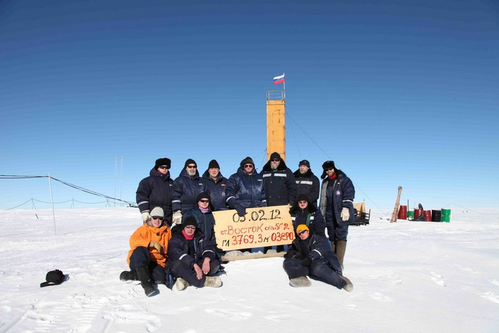 Экспедиция к подледному озеру Восток в Антарктиде