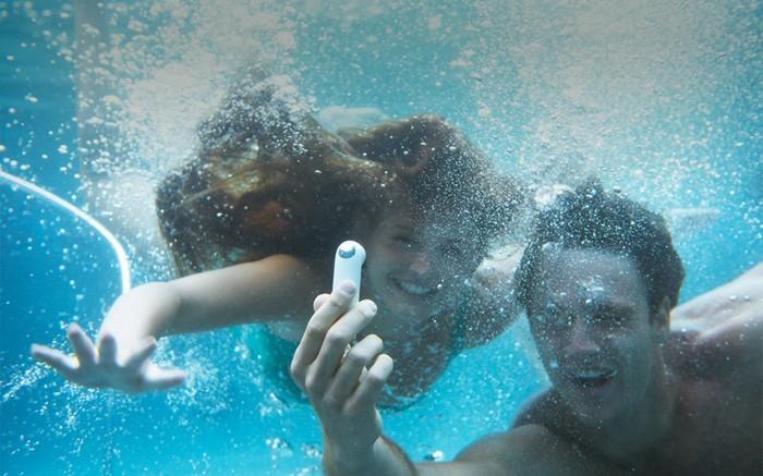 Минималистская action-камера HTC RE