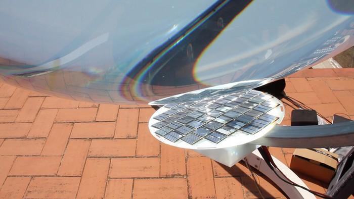 Betaray – стеклянный шар для аккумуляции солнечной энергии