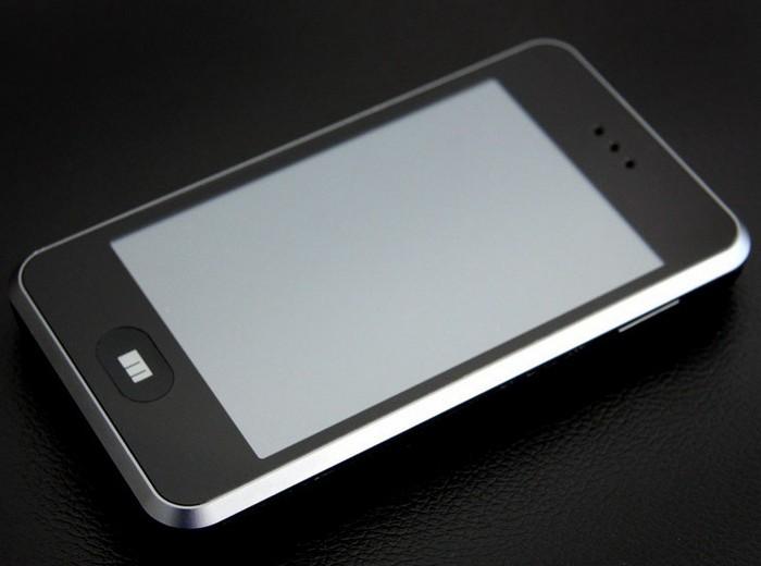 Meizu M8 – первый смартфон от компании Meizu
