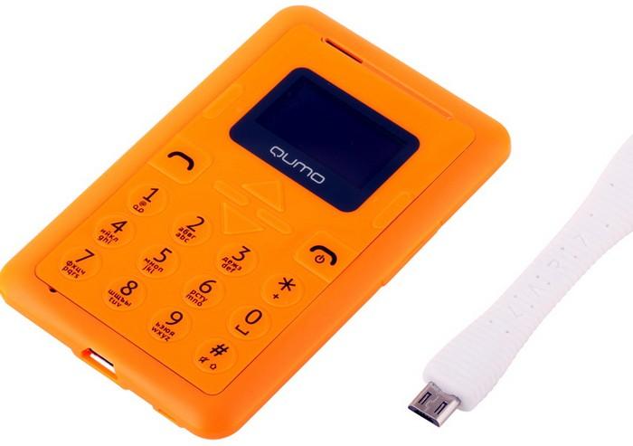 QUMO CardPhone - мобильный телефон для стариков и детей