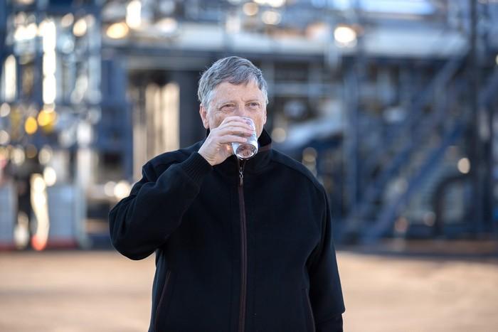 Новий проект Білла Гейтса: питна вода з фекалій