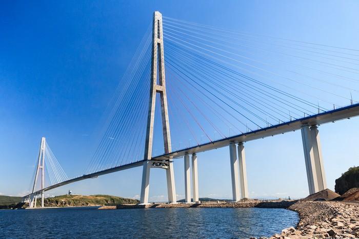 Мост на остров Русский во Владивостоке