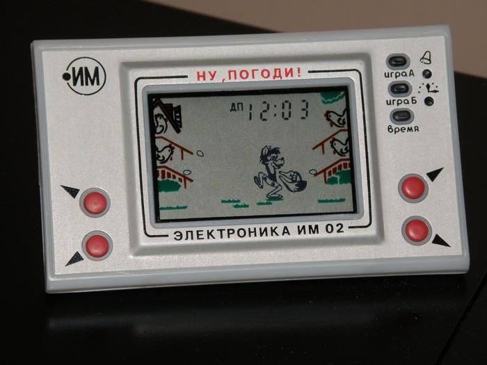 Советская карманная игровая консоль Ну, погоди