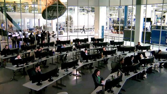 В офисе компании SpaceX