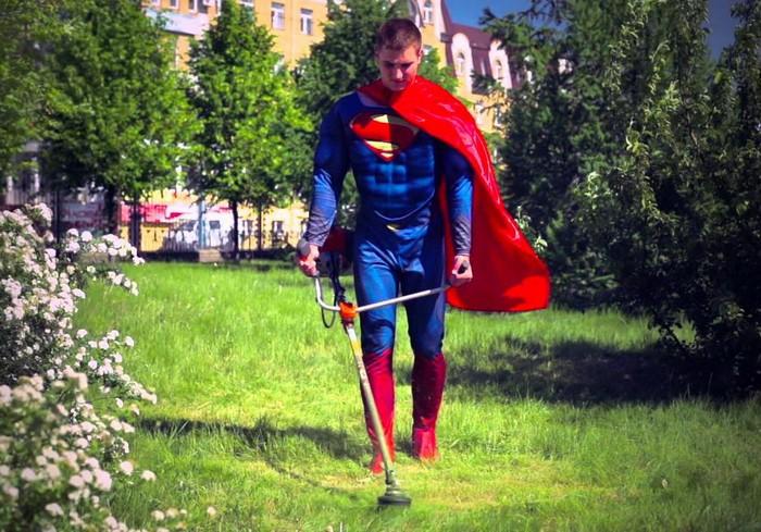 Реальные супергерои на улицах городов мира