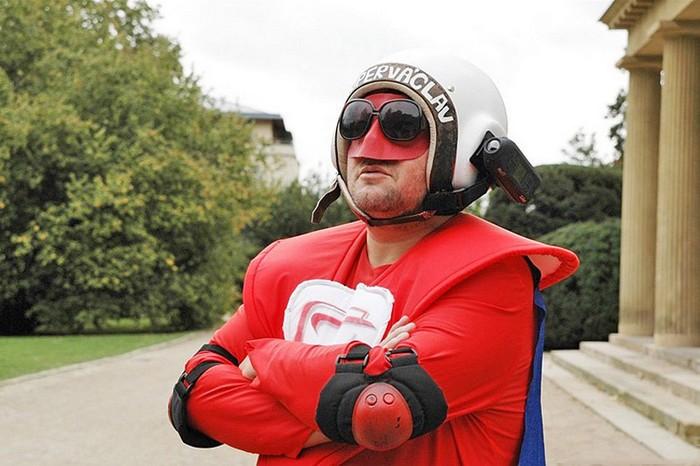 Супер-Вацлав - необычный супергерой из Праги