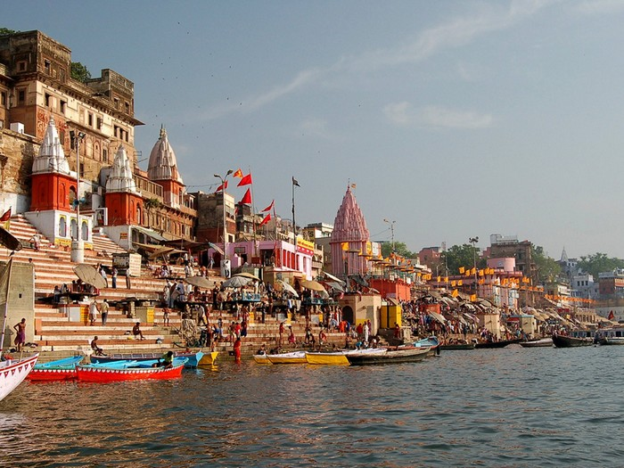 Город Варанаси в Индии