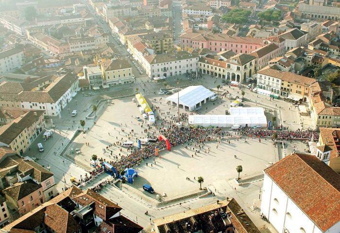 Город Пальманова в Италии