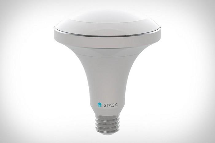 Alba - умная лампочка, которая реагирует на внешние раздражители