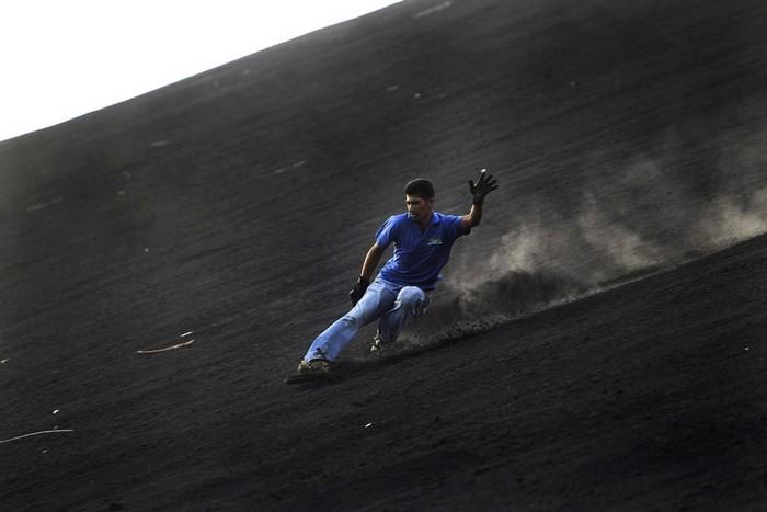 Вулканобординг - новый экстремальный вид спорта