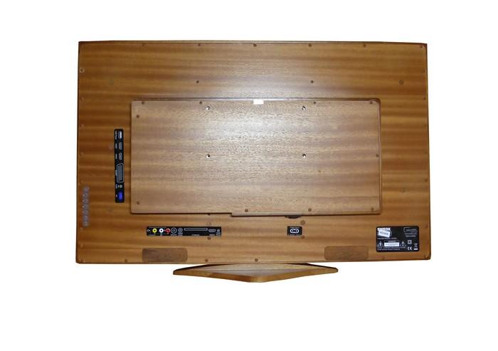 Дерев'яний телевізор SWEDX Wooden-TV