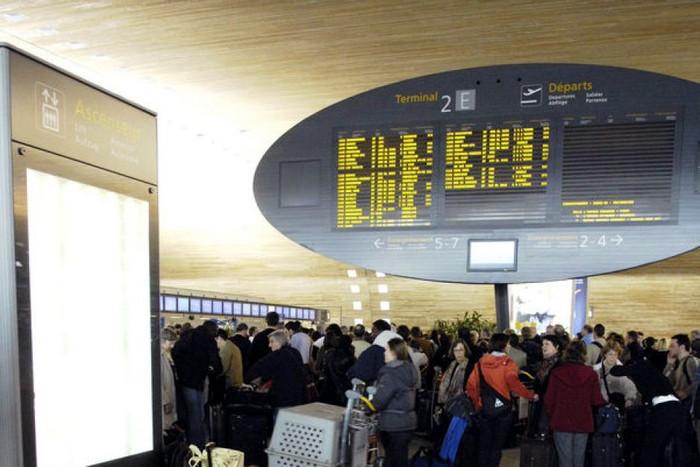 Аэропорт Шарль де Голль в Париже - худший аэропорт мира