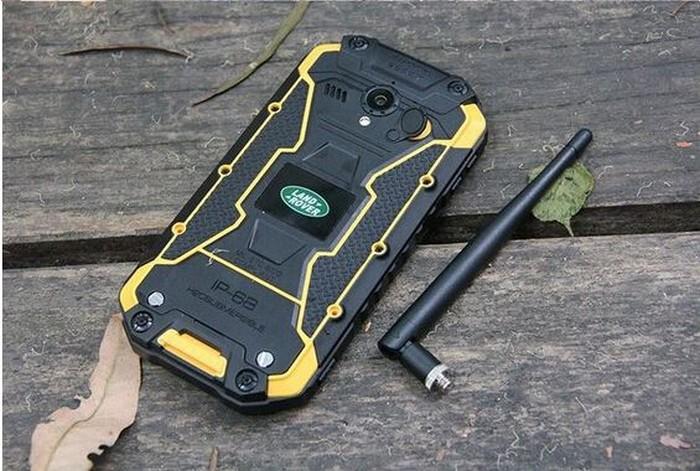 Защищенный смартфон для экстремалов Land Rover X8