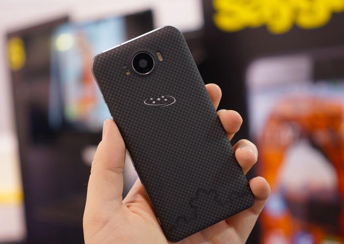 Защищенный смартфон Saygus V2 - лучший телефон 2015 года