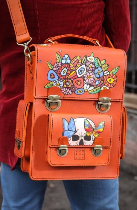 Рисуем на коже на сумках