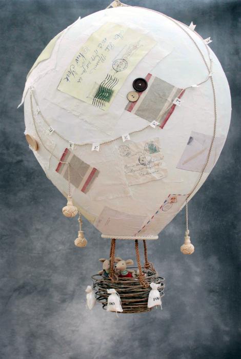 Воздушный шар из бумаги.